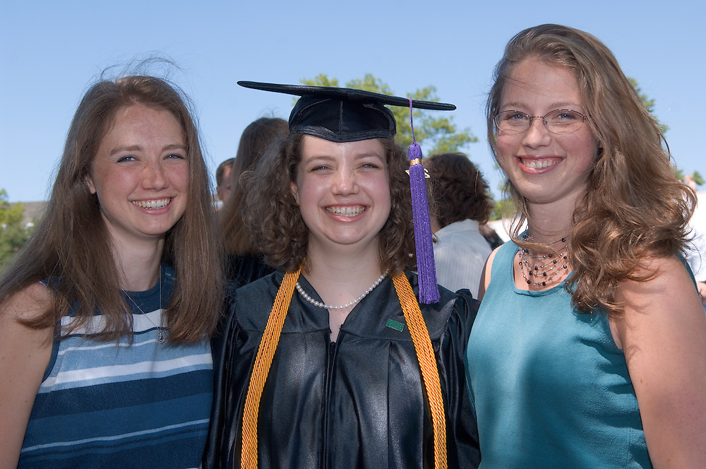 18276Undergraduate Commencement 2007..Left to right:..Rachel Weed, Anna Weed, and Sarah Grace Weed