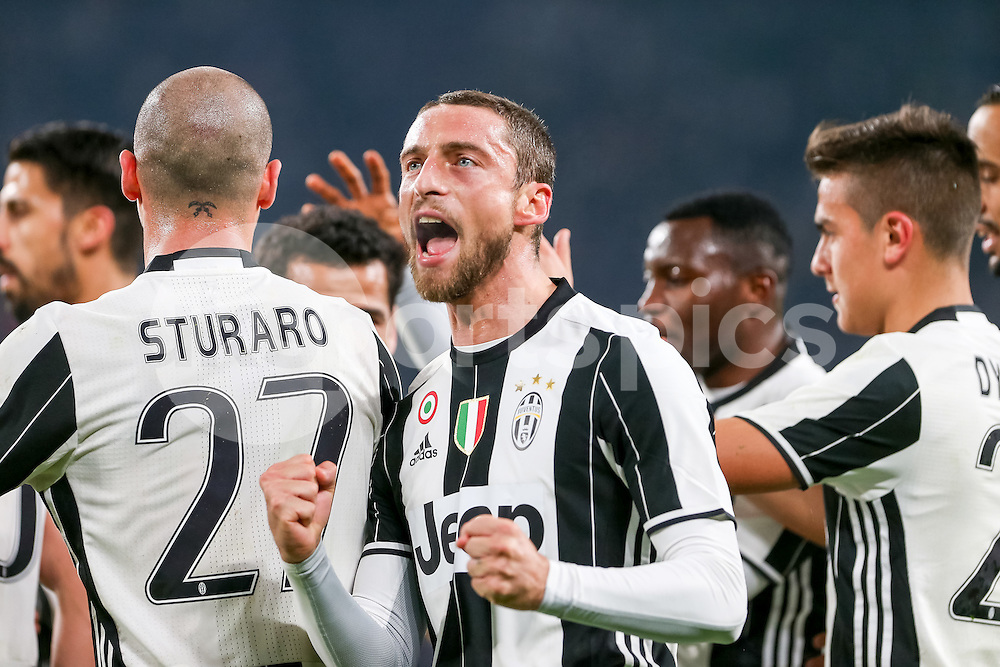 Claudio Marchisio of Juventus celebrates scoring the opening goal during the Serie A match between Juventus and Palermo at the Juventus Stadium, Turin, Italy on 17 February 2017. Photo by Marco Canoniero.