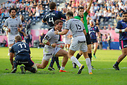 Facundo Isa (Rugby Club Toulonnais) scored the try for victory and celebrated it with Hugo Bonneval (Rugby Club Toulonnais), Marvin O Connor (Stade Francais Paris), Paul Gabrillagues (Stade Francais), SAMUELA VAINGA MANOA (Rugby Club Toulonnais)bduring the French championship Top 14 rugby union match between Stade Francais Paris and RC Toulon on September 24, 2017 at Jean Bouin stadium in Paris, France - Photo Stephane Allaman / ProSportsImages / DPPI