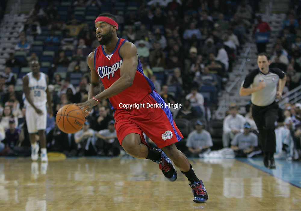 Jan 13, 2010; New Orleans, LA, USA; Los Angeles Clippers guard Baron Davis (1) drives with the ball against the New Orleans Hornets during the first half at the New Orleans Arena. Mandatory Credit: Derick E. Hingle-US PRESSWIRE