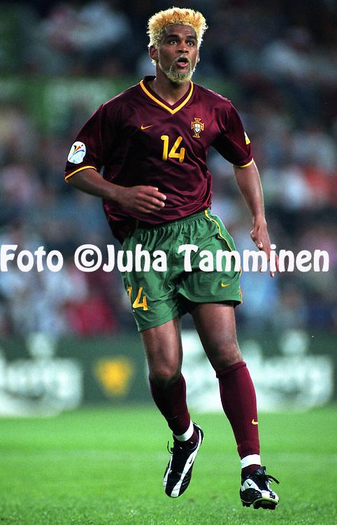 UEFA European Championship 2000.Abel Xavier - Portugal.©Juha Tamminen