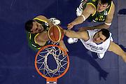 DESCRIZIONE : Madrid Spagna Spain Eurobasket Men 2007 Qualifying Round Italia Lituania Italy Lithuania<br /> GIOCATORE : Andrea Crosariol<br /> SQUADRA : Italia Italy<br /> EVENTO : Eurobasket Men 2007 Campionati Europei Uomini 2007<br /> GARA : Italia Italy Lituania Lithuania<br /> DATA : 08/09/2007<br /> CATEGORIA : Rimbalzo Special<br /> SPORT : Pallacanestro<br /> AUTORE : Ciamillo&amp;Castoria/E.Castoria