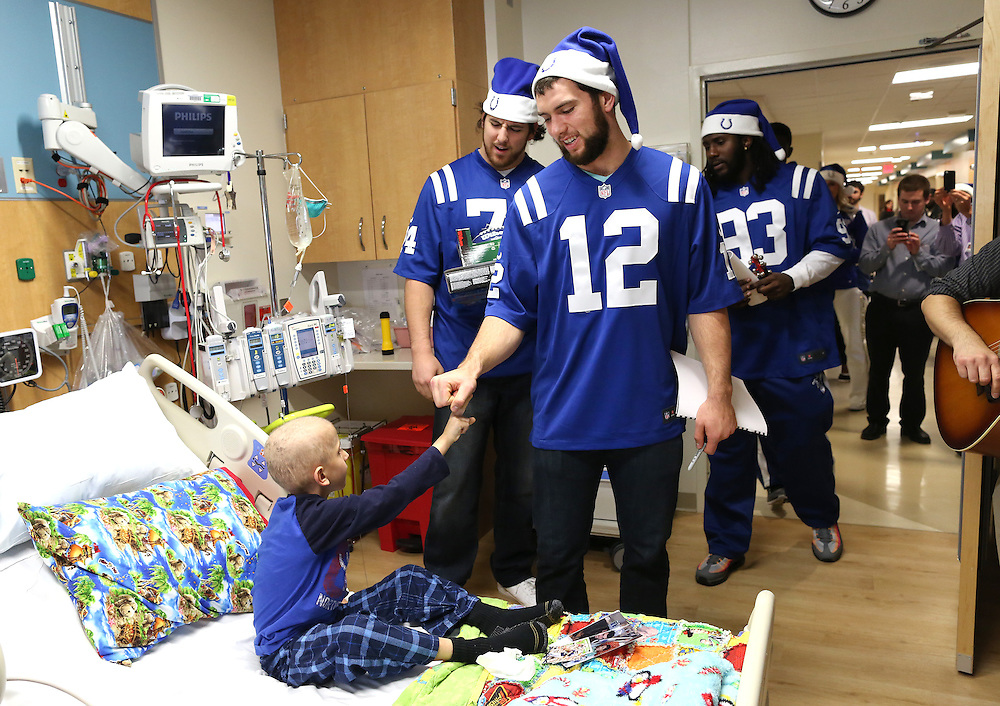 Indianapolis Colt's players sing Christmas Carols to Children at IU Health Riley Hospital for Children. <br /> Chris Bergin/ IU Visual Media