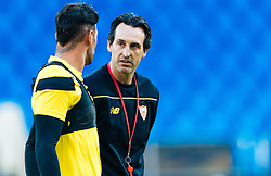 17.05.2016, St. Jakob Park, Basel, SUI, UEFA EL, FC Liverpool vs Sevilla FC, Finale, im Bild Beto (FC Sevilla), Trainer Unai Emery (FC Sevilla) // Beto (FC Sevilla), Trainer Unai Emery (FC Sevilla) during the Training in front of the Final Match of the UEFA Europaleague between FC Liverpool and Sevilla FC at the St. Jakob Park Stadium in Basel, Switzerland on 2016/05/17. EXPA Pictures © 2016, PhotoCredit: EXPA/ JFK