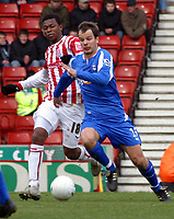 Photo: Dave Linney.<br />Stoke City v Birmingham City. The FA Cup. 19/02/2006.<br />Bham's Stephen Clemence(R)  outpaces Junior