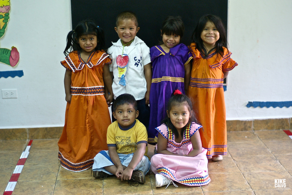 Indigenous working children at Casa Esperanza . Panama.