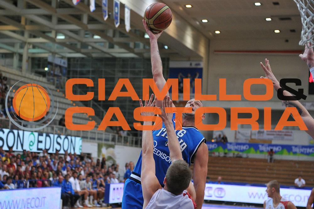 DESCRIZIONE : Trento Trentino Basket Cup Italia Polonia<br /> GIOCATORE : guido rosselli<br /> CATEGORIA : tiro<br /> SQUADRA : Nazionale Italia Maschile<br /> EVENTO :  Trento Trentino Basket Cup<br /> GARA : Italia Polonia<br /> DATA : 09/08/2013<br /> SPORT : Pallacanestro<br /> AUTORE : Agenzia Ciamillo-Castoria/M.Gregolin<br /> Galleria : FIP Nazionali 2013<br /> Fotonotizia : Trento Trentino Basket Cup Italia Polonia<br /> Predefinita :