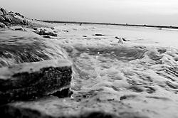Il complesso produttivo delle saline è situato nel comune italiano di Margherita di Savoia (nome dato dagli abitanti in onore alla regina d'Italia che molto si adoperò nei confronti dei salinieri) nella provincia di Barletta-Andria-Trani in Puglia. Sono le più grandi d'Europa e le seconde nel mondo, in grado di produrre circa la metà del sale marino nazionale (500.000 di tonnellate annue).All'interno dei suoi bacini si sono insediate popolazioni di uccelli migratori e non, divenuti stanziali quali il fenicottero rosa, airone cenerino, garzetta, avocetta, cavaliere d'Italia, chiurlo, chiurlotello, fischione, volpoca..Dalla chiusa fuoriesce acqua del mare con lo scopo di riempire il bacino.