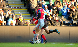 Max Stelling of Worcester Warriors scores a try - Mandatory by-line: Robbie Stephenson/JMP - 12/11/2017 - RUGBY - Twickenham Stoop - London, England - Harlequins v Worcester Warriors - Anglo-Welsh Cup