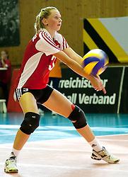 02.09.2011, ASKÖ-Halle, Graz, AUT, Volleyball Olympia-Qualifikation, AUT vs POR, im Bild Tamina Huber (AUT), EXPA Pictures © 2011, PhotoCredit: EXPA/ Erwin Scheriau