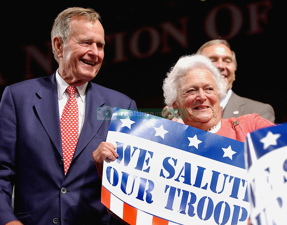 Former President George Bush and his wife Barbara attend the Republican National Convention at the Madison Square Garden in New York on August 30, 2004. Photo by Olivier Douliery/ABACA.  | 64981_02