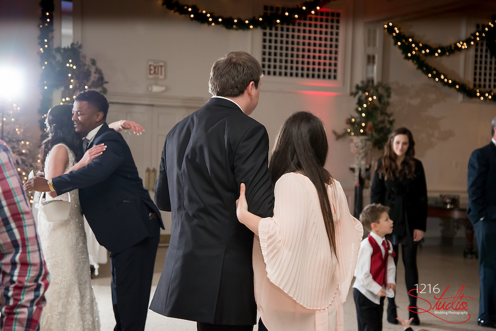 Ryan & Dani Wedding Photography Samples | Boudreaux's, Baton Rouge | 1216 Studio Wedding Photography