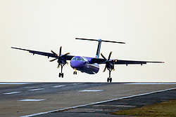 © Licensed to London News Pictures. 05/12/2019. Leeds UK. A Flybe aircraft arriving from Belfast struggles to land in strong cross winds this morning at Leeds Bradford Airport as the UK prepares for Gale force winds & heavy rain set to batter Britain this weekend. Photo credit: Andrew McCaren/LNP
