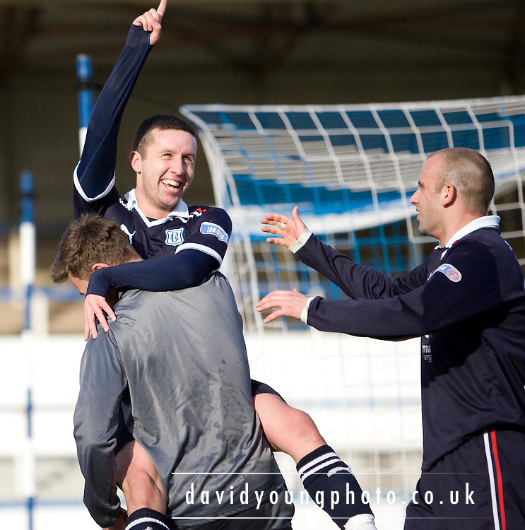 Dundee's Ryan Conroy celebrates his second with substitute Jake Hyde and Graham Bayne - Greenock Morton v Dundee, Irn Bru Scottish Football League First Division at Cappielow..© David Young - 5 Foundry Place - Monifieth - DD5 4BB - Telephone 07765 252616 - email; davidyoungphoto@ggmail.com - web; davidyoungphoto.co.uk