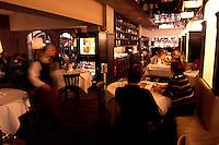 29 DEC 2004, BERLIN/GERMANY:<br /> Feinschmecker-Restaurants Aigner am Gendarmenmarkt<br /> IMAGE: 20041229-03-001<br /> KEYWORDS: Gastro, Gastronomie