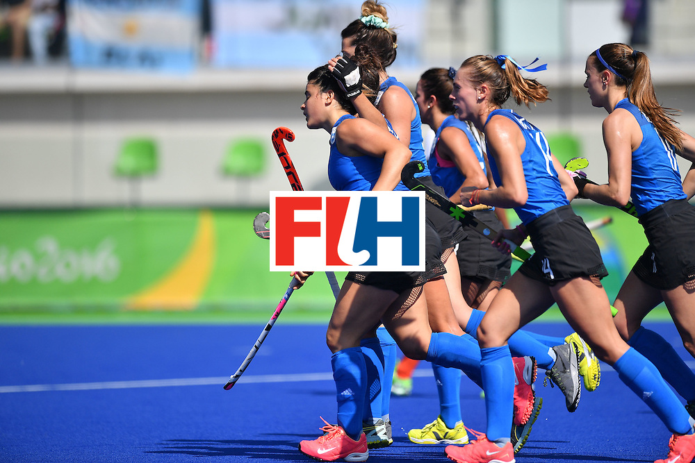 Argentina's Maria Granatto (L) celebrates scoring with her teammates during the women's field hockey Argentina vs India match of the Rio 2016 Olympics Games at the Olympic Hockey Centre in Rio de Janeiro on August, 13 2016. / AFP / Carl DE SOUZA        (Photo credit should read CARL DE SOUZA/AFP/Getty Images)