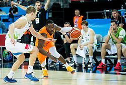 08-09-2015 CRO: FIBA Europe Eurobasket 2015 Slovenie - Nederland, Zagreb<br /> De Nederlandse basketballers hebben de kans om doorgang naar de knockoutfase op het EK basketbal te bereiken laten liggen. In een spannende wedstrijd werd nipt verloren van Slovenië: 81-74 / Jaka Blazic of Slovenia vs Charlon Kloof of Netherlands. Photo by Vid Ponikvar / RHF