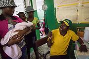 Projet ACOSME pour la santé mère-enfant en Haïti (projet de l'USI et du CECI, financement AMC). Visite du centre de santé de Bahon, qui va être entièrement reconstruit grâce au projet. Département du Nord.