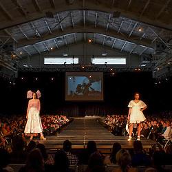 Threads Fashion Show EHS