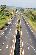 Pouso Alegre_MG, Brasil...Vista panoramica da BR-381, Rodovia Fernao Dias, em Pouso Alegre...The panoramic view of BR-381, Fernao Dias highway, in Pouso Alegre...Foto: LEO DRUMOND / NITRO.....
