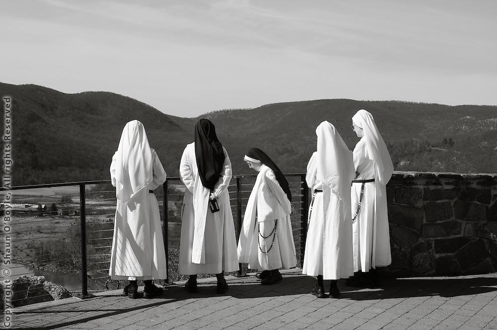 Sisters at the Hudson River Overlook near Peekskill, NY