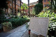 ITA,Italien,Rom,29.07.2008  Der deutsche Friedhof / Pilgerfriedhof im Vatikan in Rom...[ CREDIT: Henning Schacht / www.berlinpressphoto.de  (c) Henning Schacht - Leuthener Str.  1 - 10829 Berlin - phone +49-30-78705770 - info@berlinpressphoto.de  - Veroeffentlichung nur gegen Honorar gemaess MFM plus 7% Mwst, Urhebervermerk und Beleg - No Model Release ] .