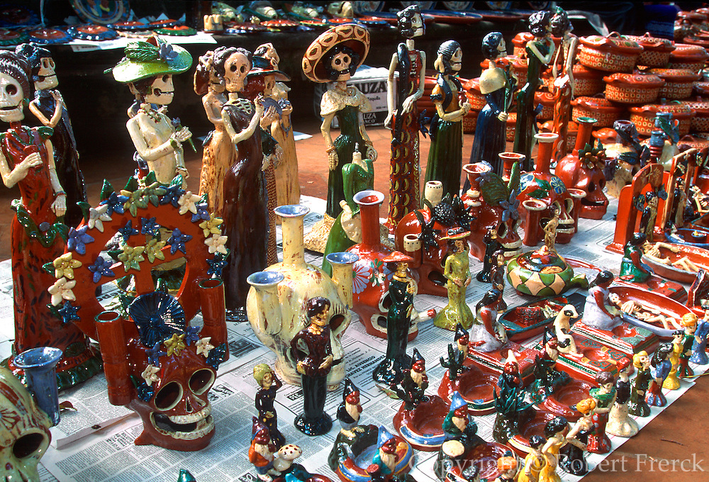 MEXICO, FESTIVALS, MARKETS Patzcuaro, Day of the Dead devil pottery