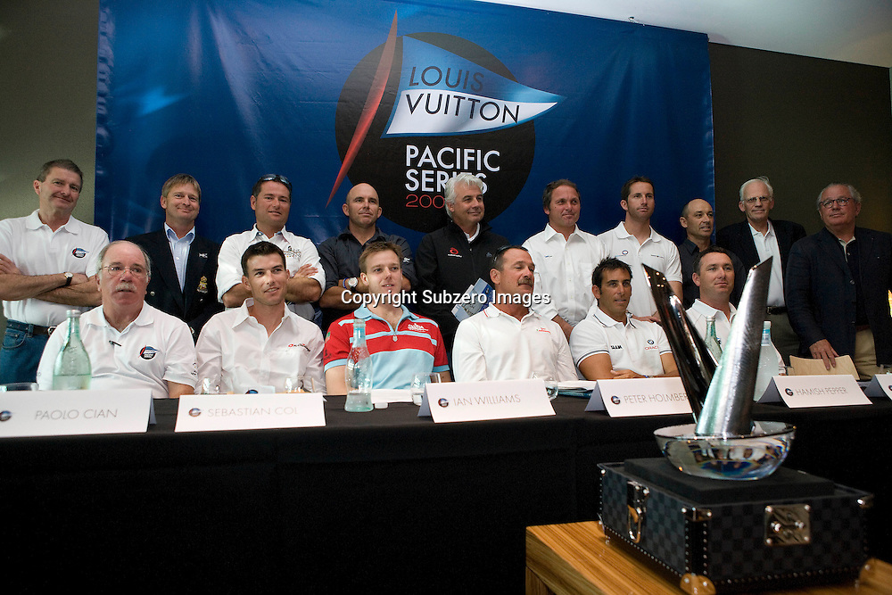 Team representatives and officials at the Louis Vuitton Pacific Series briefing and draw, Auckland, New Zealand, 27 January 2009.