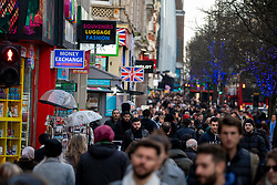 © Licensed to London News Pictures. 23/12/2019. Crowds start to gather in Oxford Street in the West End as shops prepare for a last minute Christmas rush. Alex Lentati/LNP