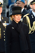 Nationale dodenherdenking bij het Nationale Monument op de Dam, Amsterdam. // National Memorial day at the National Monument on the Dam, Amsterdam.<br /> <br /> Op de foto:  koningin Maxima  // Queen Maxima