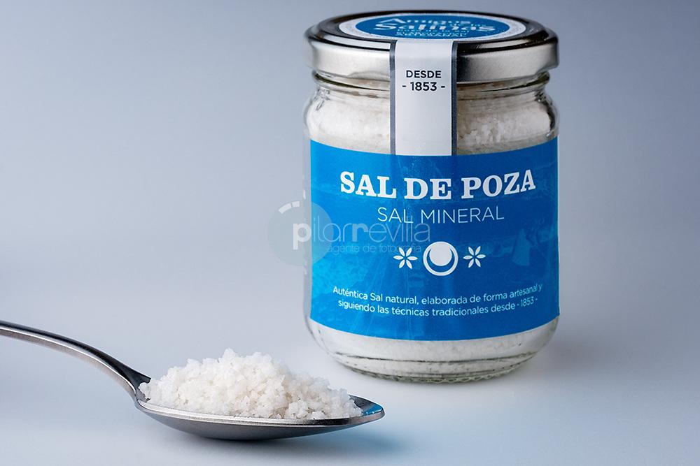 Sal. ( Poza de la Sal ) ©© Javier I. Sanchís / PILAR REVILLA