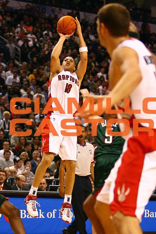 DESCRIZIONE : Toronto Campionato NBA 2006-2007 Toronto Raptors-Milwaukee Bucks<br /> GIOCATORE : Parker<br /> SQUADRA : Toronto Raptors <br /> EVENTO : Campionato NBA 2006-2007 <br /> GARA : Toronto Raptors Milwaukee Bucks<br /> DATA : 03/11/2006 <br /> CATEGORIA : <br /> SPORT : Pallacanestro <br /> AUTORE : Agenzia Ciamillo-Castoria/E.Castoria<br /> Galleria : Campionato NBA 2006-2007 <br /> Fotonotizia : Toronto Campionato NBA 2006-2007 Toronto Raptors-Milwaukee Bucks<br /> Predefinita :