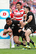 November 3, 2018, Tokyo, Japan -New Zealand's All Blacks Ngani Laumape carries the ball into the end zone for a try during the Lipovitan-D Challenge Cup against Japan in Tokyo on Saturday, November 3, 2018. All Blacks defeated Japan 69-31.    (Photo by Yoshio Tsunoda/AFLO) LWX -ytd-