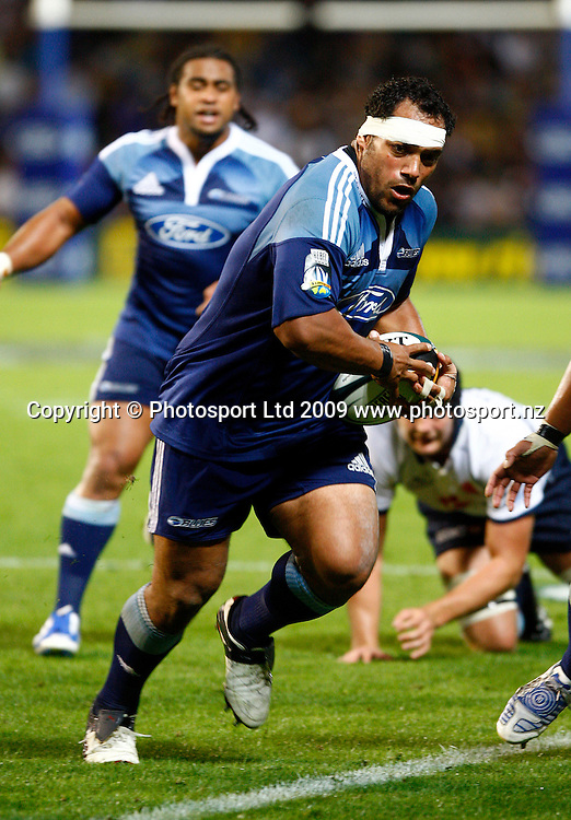 John Afoa in action, Super 14 rugby union, Auckland Blues v NSW Waratahs, Eden Park, Auckland. 27 March 2009. Photo: William Booth/PHOTOSPORT