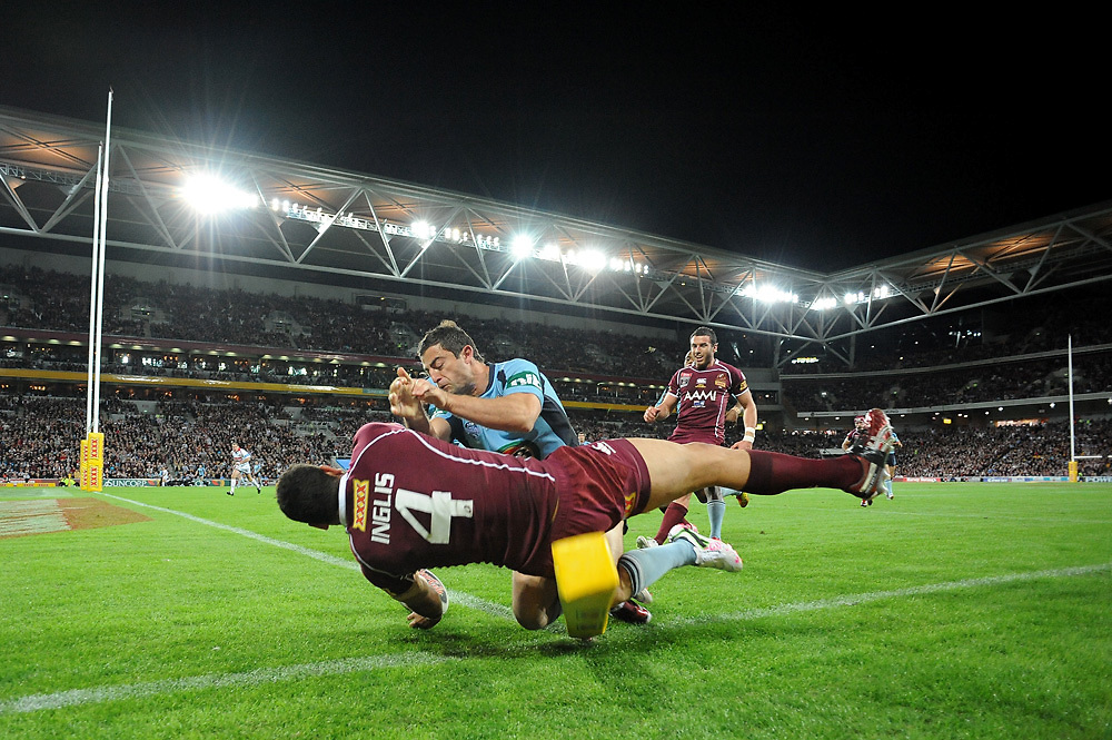 July 6th 2011: Greg Inglis of the Maroons scores a try in the corner during game 3 of the 2011 State of Origin series at Suncorp Stadium in Brisbane, QLD, Australia on July 6, 2011. Photo by Matt Roberts / mattrimages.com.au / QRL