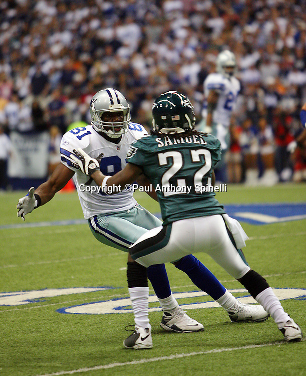 IRVING, TX - SEPTEMBER 15:  Wide receiver Terrell Owens #81 of the Dallas Cowboys tries to work his way around bump and run coverage by cornerback Asante Samuel #22 of the Philadelphia Eagles at Texas Stadium on September 15, 2008 in Irving, Texas. The Cowboys defeated the Eagles 41-37. ©Paul Anthony Spinelli *** Local Caption *** Terrell Owens;Asante Samuel