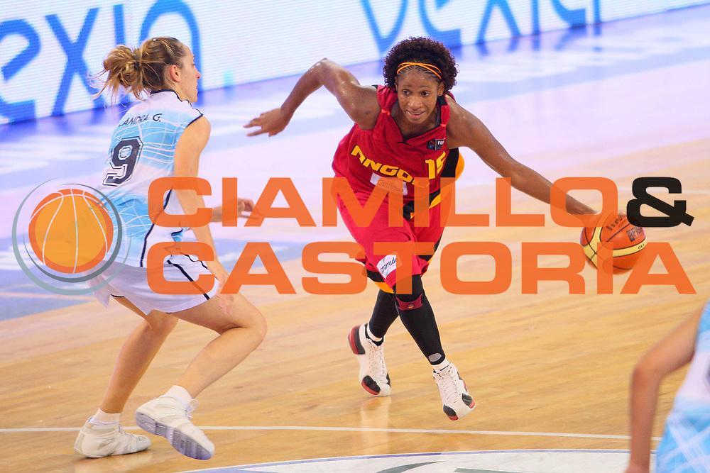 DESCRIZIONE : Madrid 2008 Fiba Olympic Qualifying Tournament For Women Argentina Angola <br /> GIOCATORE : Nassecela Mauricio <br /> SQUADRA : Angola <br /> EVENTO : 2008 Fiba Olympic Qualifying Tournament For Women <br /> GARA : Argentina Angola <br /> DATA : 10/06/2008 <br /> CATEGORIA : Palleggio <br /> SPORT : Pallacanestro <br /> AUTORE : Agenzia Ciamillo-Castoria/S.Silvestri <br /> Galleria : 2008 Fiba Olympic Qualifying Tournament For Women <br /> Fotonotizia : Madrid 2008 Fiba Olympic Qualifying Tournament For Women Argentina Angola <br /> Predefinita :