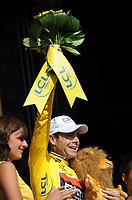 Sykkel<br /> Tour de France 2010<br /> 11.07.2010<br /> Foto: PhotoNews/Digitalsport<br /> NORWAY ONLY<br /> <br /> CADEL EVANS<br /> <br /> STAGE RIT ETAPE 8 : STATION DES ROUSSES - MORZINE AVORIAZ