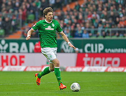 15.03.2014, Weserstadion, Bremen, GER, 1. FBL, SV Werder Bremen vs VfB Stuttgart, 25. Runde, im Bild Sebastian Pr�dl / Proedl (Bremen #15) am Ball // Sebastian Pr�dl / Proedl (Bremen #15) am Ball during the German Bundesliga 25th round match between SV Werder Bremen and VfB Stuttgart at the Weserstadion in Bremen, Germany on 2014/03/16. EXPA Pictures © 2014, PhotoCredit: EXPA/ Andreas Gumz<br /> <br /> *****ATTENTION - OUT of GER*****