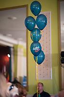 DEU, Deutschland, Germany, Hönow bei Berlin, 09.09.2017: AfD-Luftballons bei einer Wahlveranstaltung der Partei Alternative für Deutschland (AfD) im Restaurant Mittelpunkt der Erde.