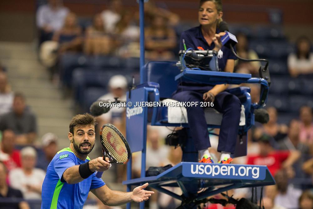 MARCEL GRANOLLERS (ESP) beschwert sich bei Stuhlschiedsrichter, Referee Mariana Alves ,Aerger,Frust,Emotion,<br /> <br /> Tennis - US Open 2016 - Grand Slam ITF / ATP / WTA -  USTA Billie Jean King National Tennis Center - New York - New York - USA  - 1 September 2016.