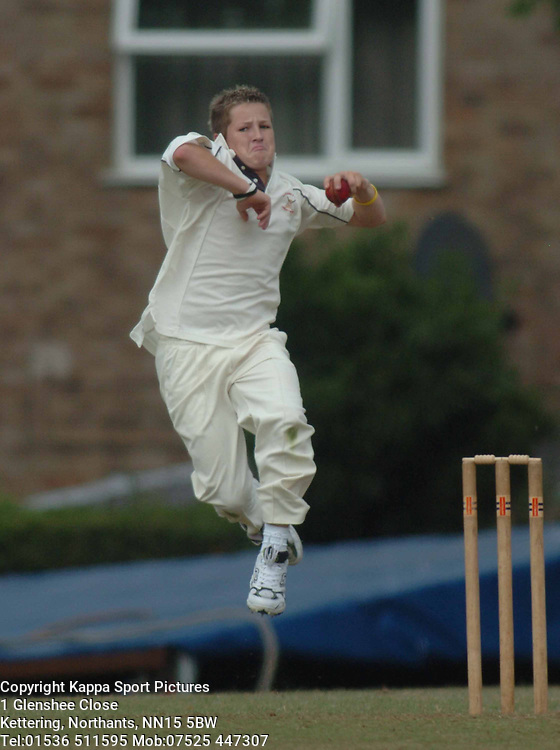 BEN SHEPHERD ROTHWELL 2NDS AT WELLINGBOROUGH 23/7/05 Cricket Cricket