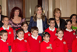 "27.09.2010, La Zarzuela Palace, Madrid, ESP, Princess Letizia hearings at La Zarzuela Palace, im Bild Princess Letizia attended an audience to a representation of the Public School CEIP ""La Dehesa del Principe"" at Zarzuela Palace in Madrid. EXPA Pictures © 2010, PhotoCredit: EXPA/ Alterphotos/ Cesar Cebolla +++++ ATTENTION - OUT OF SPAIN / ESP +++++"