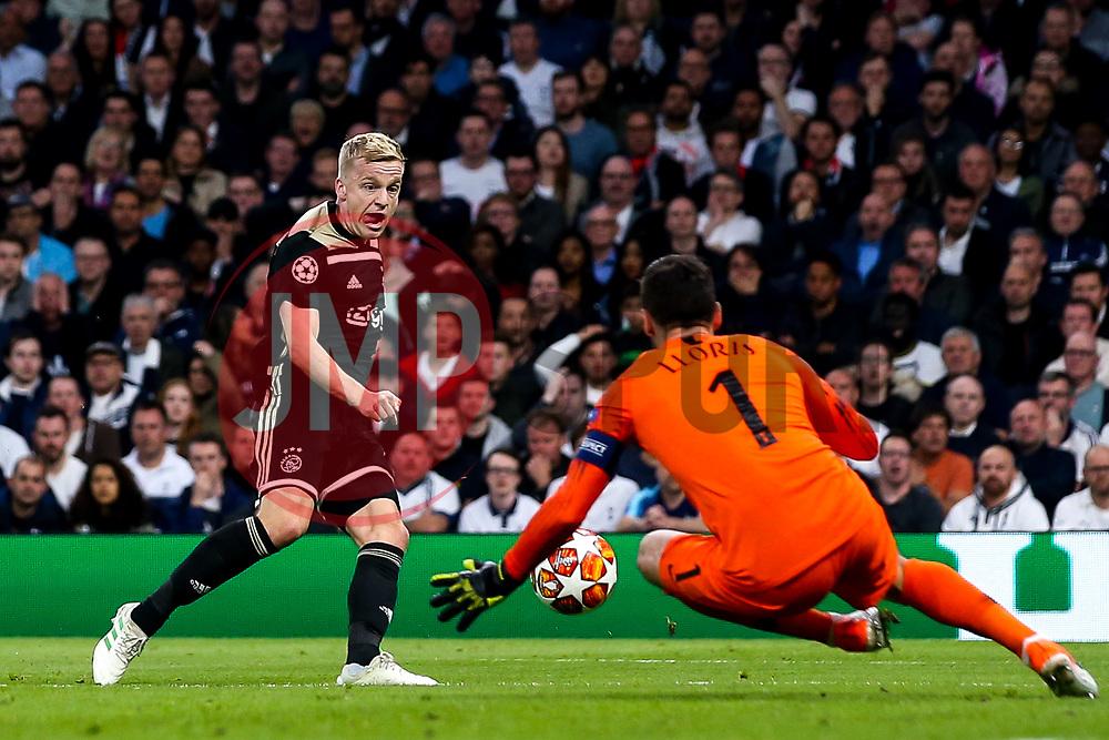 Donny van de Beek of Ajax has a shot saved by Hugo Lloris of Tottenham Hotspur - Mandatory by-line: Robbie Stephenson/JMP - 30/04/2019 - FOOTBALL - Tottenham Hotspur Stadium - London, England - Tottenham Hotspur v Ajax - UEFA Champions League Semi-Final 1st Leg