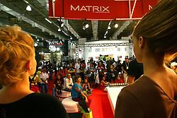 Movimento nos estandes da Hair Brasil 2007, maior evento de beleza da América Latina, realizado de 13 a 17 de abril, no Expo Center Norte, na zona norte de São Paulo. FOTO: Jefferson Bernardes/Preview.com