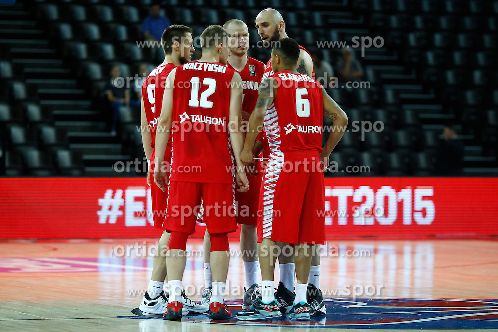 06.09.2015, Park Suites Arena, Montpellier, FRA, Russland vs Polen, Gruppe A, im Bild mateusz ponitka, adam waczynski, damian kulig, marcin gortat, aj slaughter // during the FIBA Eurobasket 2015, group A match between Russia and Poland at the Park Suites Arena in Montpellier, France on 2015/09/06. EXPA Pictures &copy; 2015, PhotoCredit: EXPA/ Newspix/ Artur Podlewski<br /> <br /> *****ATTENTION - for AUT, SLO, CRO, SRB, BIH, MAZ, TUR, SUI, SWE only*****