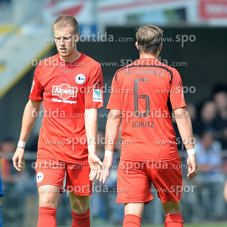 29.08.2015, Benteler Arena, Paderborn, GER, 2. FBL, SC Paderborn 07 vs DSC Arminia Bielefeld, 5. Runde, im Bild Brian Behrendt (Arminia Bielefeld) (L) und Tom Schuetz (Arminia Bielefeld) // during the 2nd German Bundesliga 5th round match between SC Paderborn 07 and DSC Arminia Bielefeld at the Benteler Arena in Paderborn, Germany on 2015/08/29. EXPA Pictures &copy; 2015, PhotoCredit: EXPA/ Eibner-Pressefoto/ Sippel<br /> <br /> *****ATTENTION - OUT of GER*****