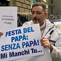 Festa del papà senza papà,  flash mob a Roma