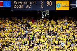 27-04-2008 VOETBAL: KNVB BEKERFINALE FEYENOORD - RODA JC: ROTTERDAM <br /> Feyenoord wint de KNVB beker - Roda support - toeschouwers scorebord<br /> ©2008-WWW.FOTOHOOGENDOORN.NL