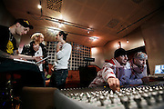 MIlano, Besto Sound Studio, i Gemelli Diversi, da sn GRIDO, THEMA, STRANO, DJ AX, THG